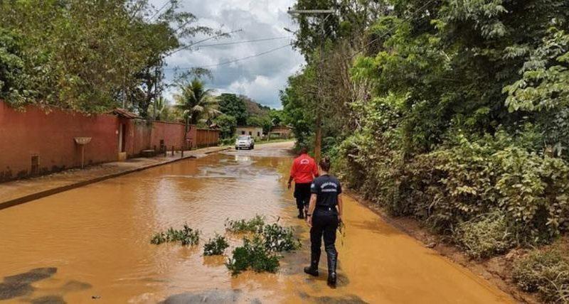 Período chuvoso traz à tona problemas estruturais do município