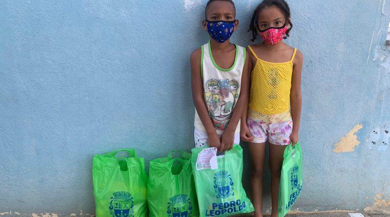 Prefeitura entrega Kit Material Escolar para alunos da rede municipal